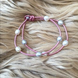 Jewelry - PINK LEATHER FRESHWATER MULTIPLE PEARL BRACELET